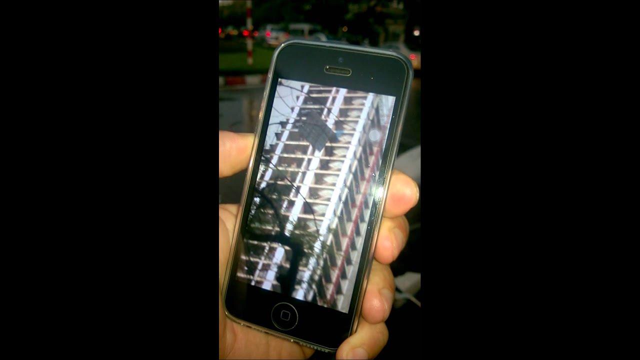 Kinh hoàng biển quảng cáo rơi từ tầng 30 xuống đường trong cơn giông 13.6.2015