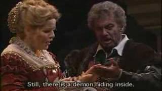 Play Otello, Opera