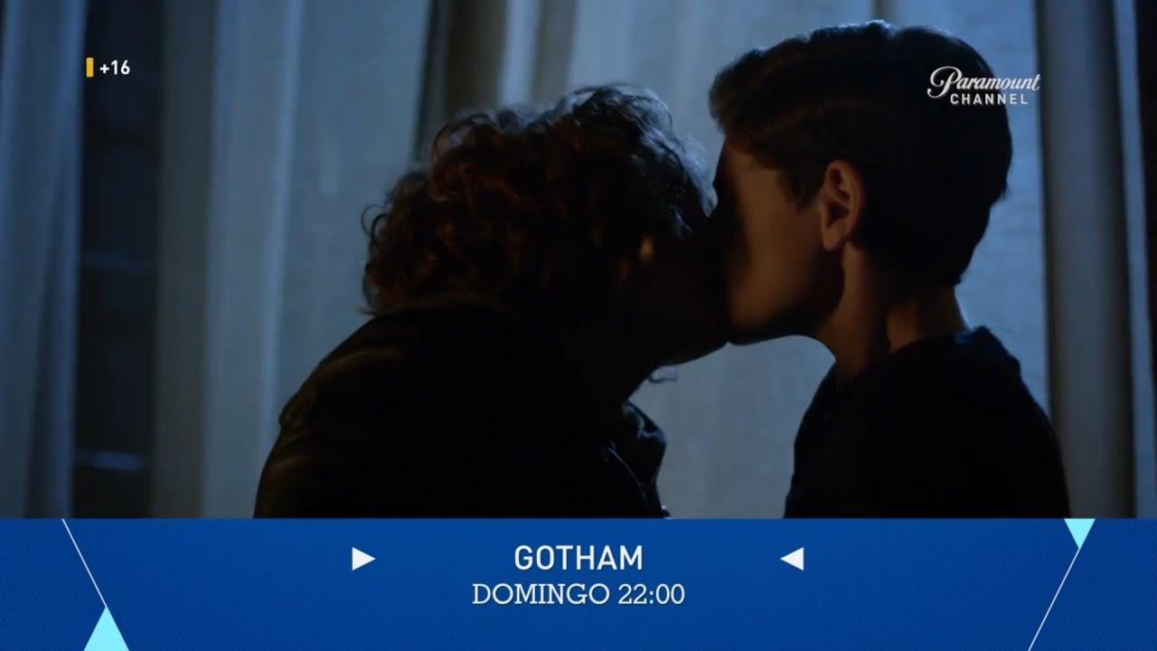 Download Gotham 1x10: El regalo de Selina (Catwoman) a Bruce Wayne   Paramount Channel