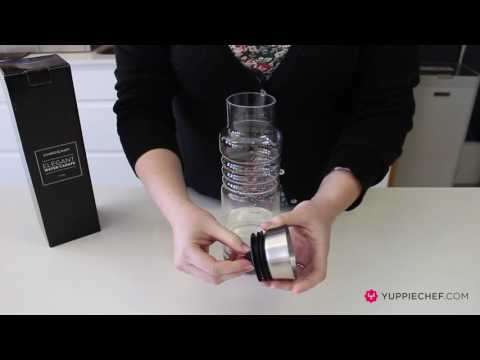 unboxing-the-humble-&-mash-water-carafe