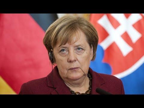 Меркель в «логове львов»: канцлер встретилась с ярыми противниками миграционной политики Германии