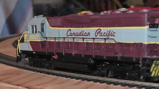 ho bachmann plus canadian pacific emd gp35 diesel 5017 11512 CPR runs on track