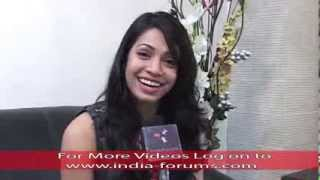 Exclusive Interview of Hot Sneha Kapoor - Dil Dosti Dance