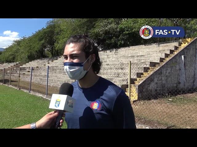 Entrevista Dustin Corea, luego de su primer entrenamiento
