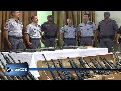 Policia recebe armamento apreendido