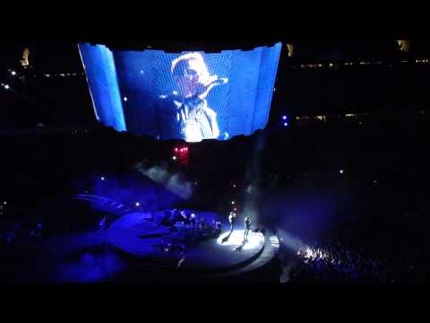 U2 @ Solder Field - Stay
