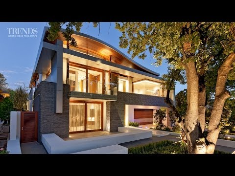 Seamless indoor-outdoor living - in a new home by Giorgi Exclusive Homes