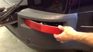 how to change volvo xc90 rear bumper light