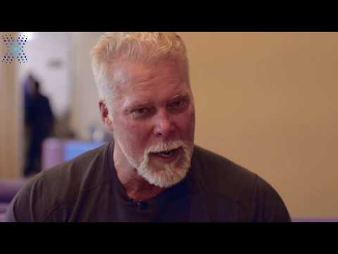 Hall of Fame Wrestler Kevin Nash Visits Bioxcellerator in Me