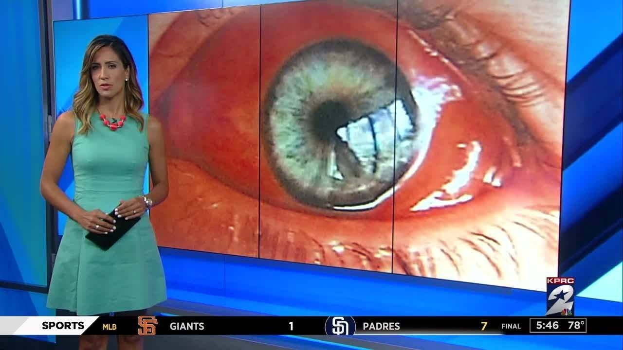 What causes red eyes when swimming? - YouTube