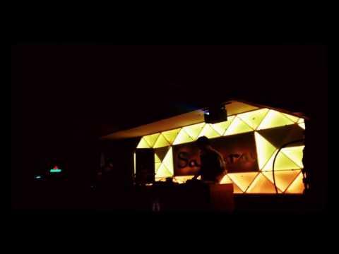 Jevin julian @sahara cafe club lombok