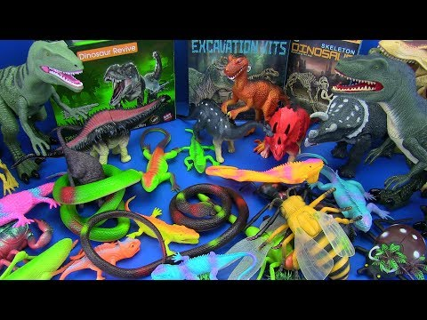DINOSAURS Toys Jurassic World & GIANT BUGS , INSECTS,LIZARD,SNAKE - Toys For Kids ! BOX OF TOYS