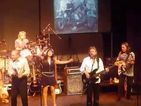 Blackberry Way - The Bev Bevan Band - Stand Up And Rock Tour 25th September 2014