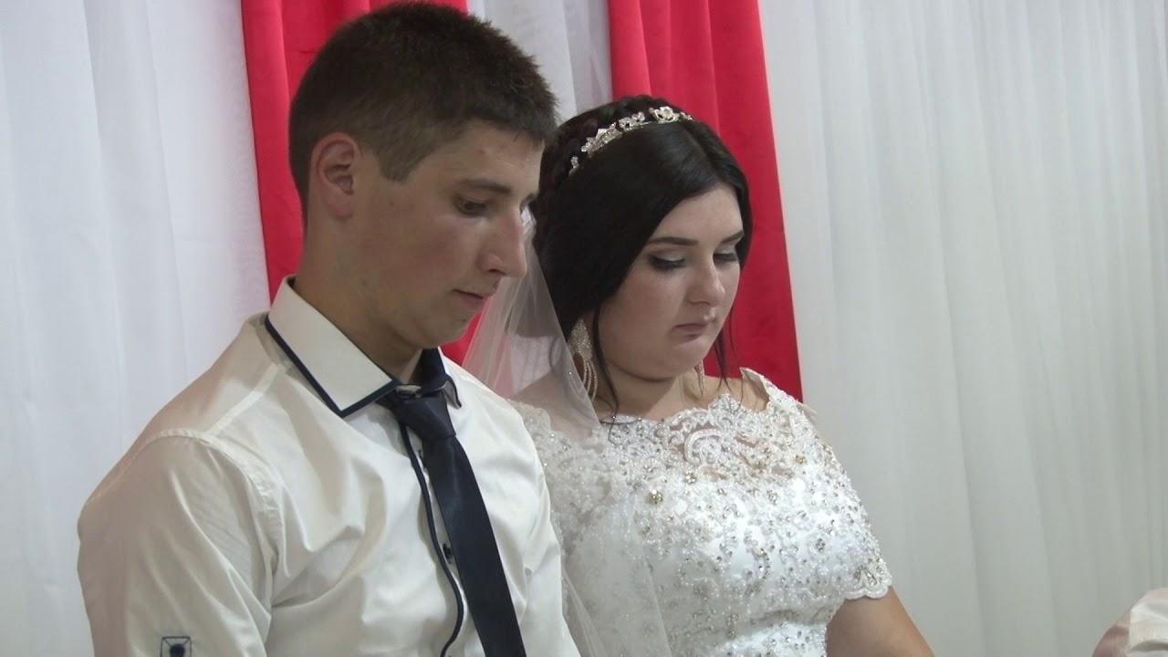 37483672ef27bb Привітання від мами для доньки на весіллі - YouTube