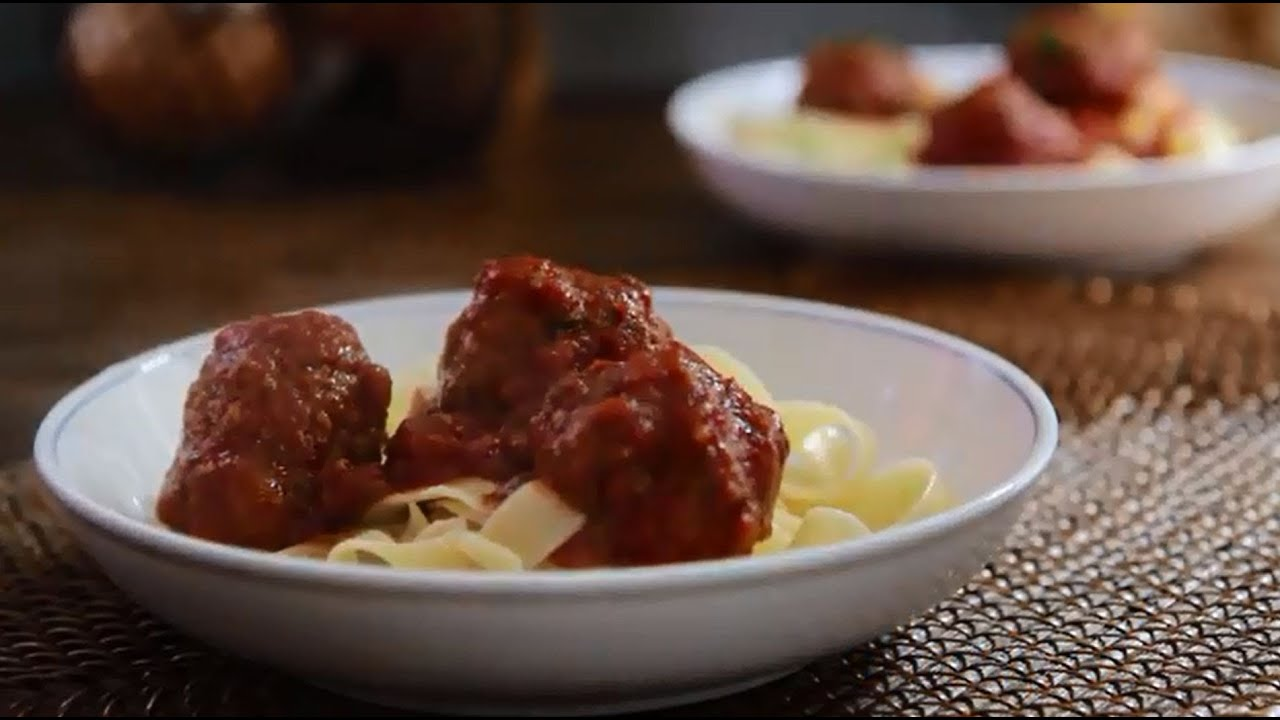 How to Make Easy Slow Cooker Meatballs | Slow Cooker ...