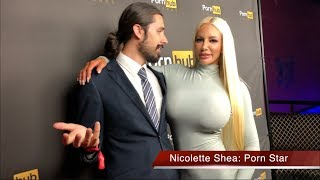 Nicolette Shea Prefers Trump Over Obama & Says Trump Is Hot! (2018 Porn Hub Awards Interview)