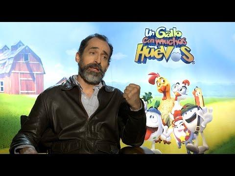 ¡Bruno Bichir Es 'Un Gallo Con Muchos Huevos' En Su Nueva Película!