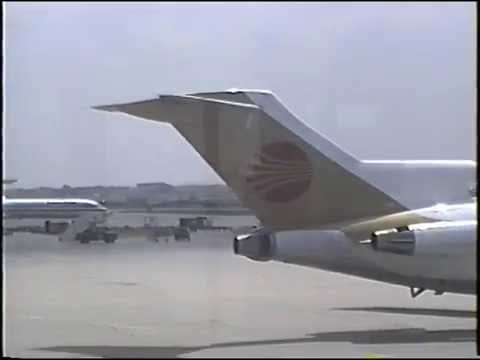 Continental Airlines Boeing 727 ground activity at ORD, May, 1991