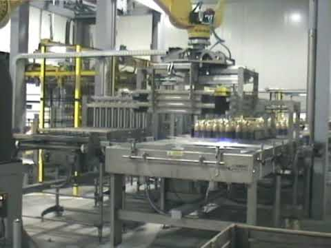 BPMspa - Robot Pallettizable Bottles - Filling Packaging Machinery Italy