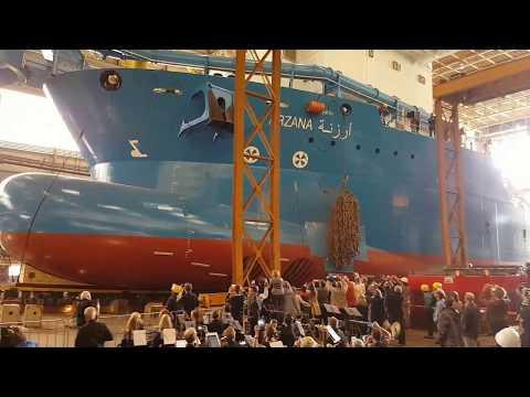 IHC Kinderdijk laat schip Arzana te water