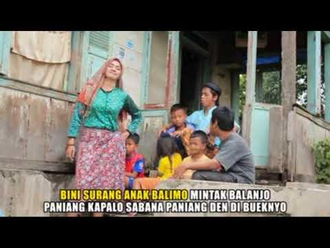 Mak Lepoh feat Etek Kadai - Kurang Gaji (Lawak Minang)