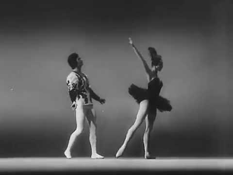 Black Swan pas de deux Yelena Yevseyeva and Sergey Vikulov Old Kirov