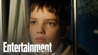 Let Me In' Vs. 'Let The Right One In' - Interview With Matt Reeves   Entertainment Weekly