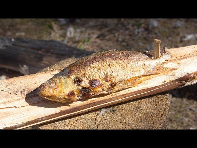 Как вкусно приготовить рыбу на костре (Survival Tips - How to Kill, Fillet and Cook Fish)