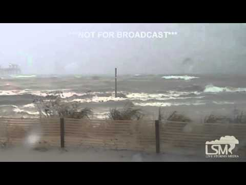 10-26-15 Pascagoula, MS Coastal Flooding Waves