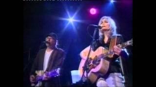Emmylou Harris & Buddy Miller  -  Love Hurts