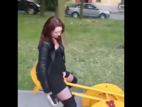 Видео оргазм качели