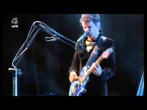 Muse  Hysteria  Morgan Nicholls on bass