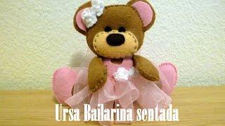 Ursa Bailarina Sentada em Feltro