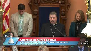 Sen. MacDonald welcomes Chorbishop Badawi to the Michigan Senate