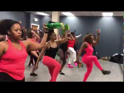 Walk and wine - konshens   Soca Fitness   Caribbean Dance fitness   Soca Feteness   Zumba