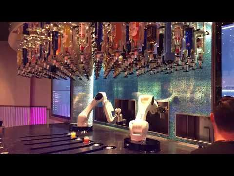 The Tipsy Robot Bartender Premieres at Miracle Mile Shops Las Vegas 7-8-17