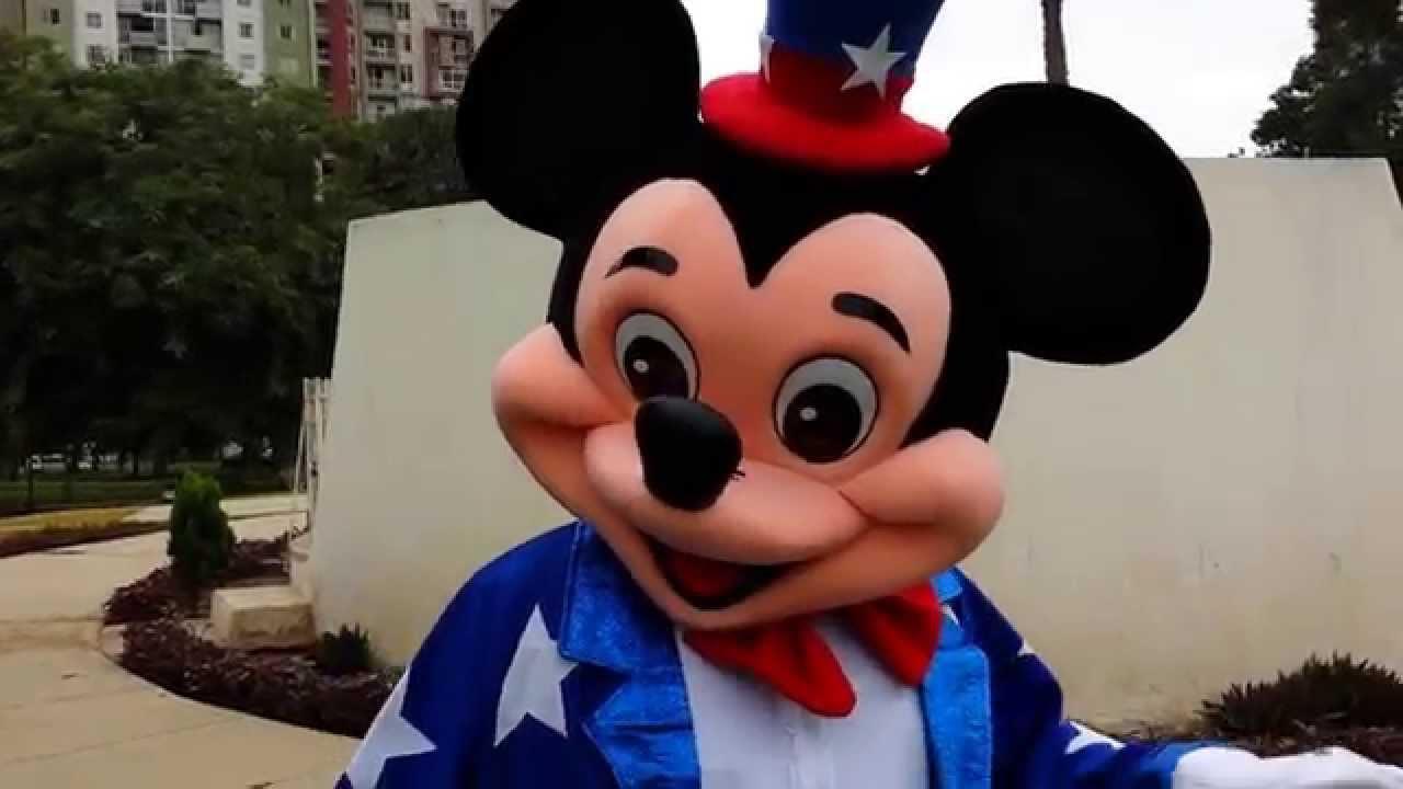 disfraz de mickey mouse by gara bato