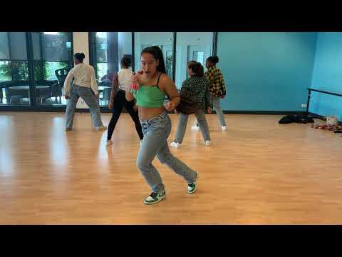 Repetitie Kay-T met dansers GDC
