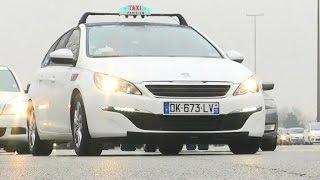 VTC, UberPOP: La colère des taxis parisiens