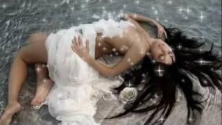The Lovelets - Emmanuelle