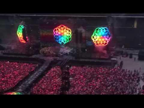 Apertura concerto Coldplay Milano