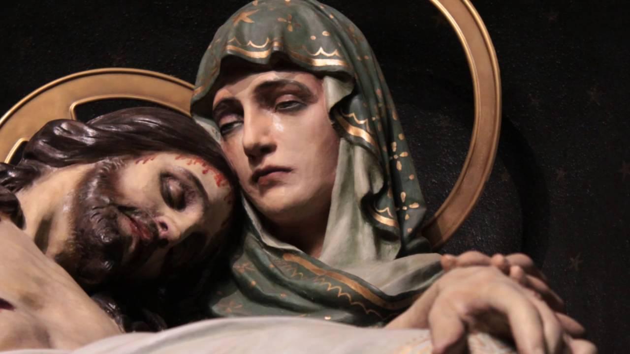 Image result for lagrimas de sangue de jesus e maria
