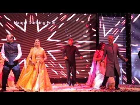Happy Dancing Feet | Parents Dance | Aaj Kal Tere Mere | Kisi Disco Mein | Indian Wedding Dance