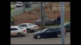 В Братске в ДТП на перекрестке улиц Комсомольская и Гагарина пострадали две женщины