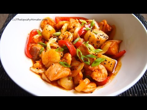 KOREAN FOOD Easy Seafood Stir-Fry Recipe