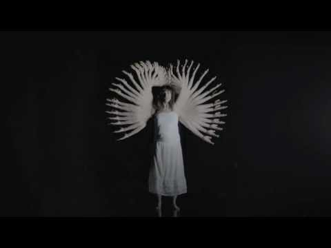 "Elisa - ""L'Anima Vola"" - (official video - 2013)"