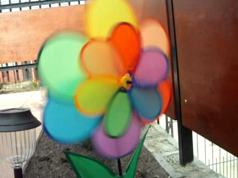 Molino de viento en forma de flor decoraci n de jard n for Como hacer molinos de viento para el jardin