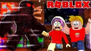 FLEE INGP TO SURVIVE WITH MARY! Roblox Flee The Facility