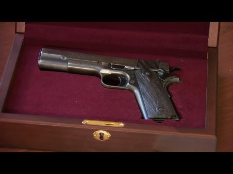 American gangster memorabilia up for auction