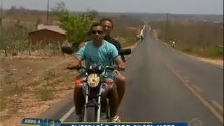Tudo a Ver 13/09/2011: Cego aventureiro pilota moto no sertão nordestino
